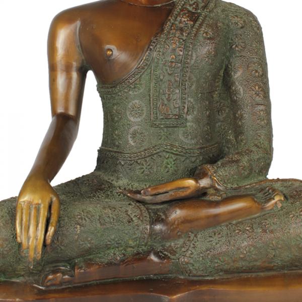 Detail Sukhothai Boeddha Bumisparsa Mudra