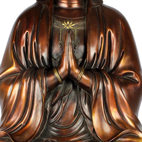 Detail zittende KwanYin Bodhisattva Anjali Mudra
