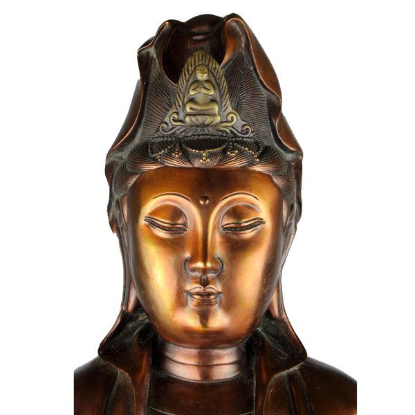 Hoofd zittende KwanYin Bodhisattva