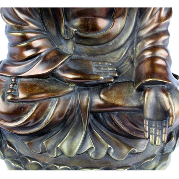 Detail Varada mudra van Ratnasambhava Boeddha