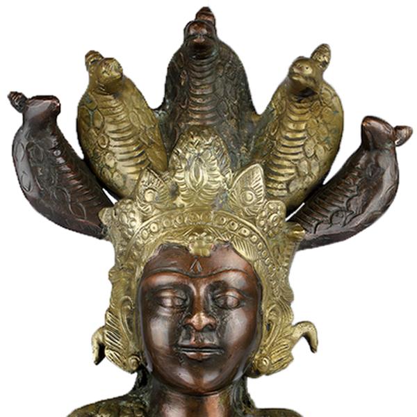 Close-up hoofd van Boeddha Naga Kanya